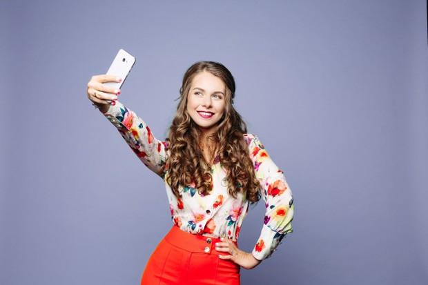 Narsisme menjadi salah satu bahaya psikologis bagi yang hobi selfi