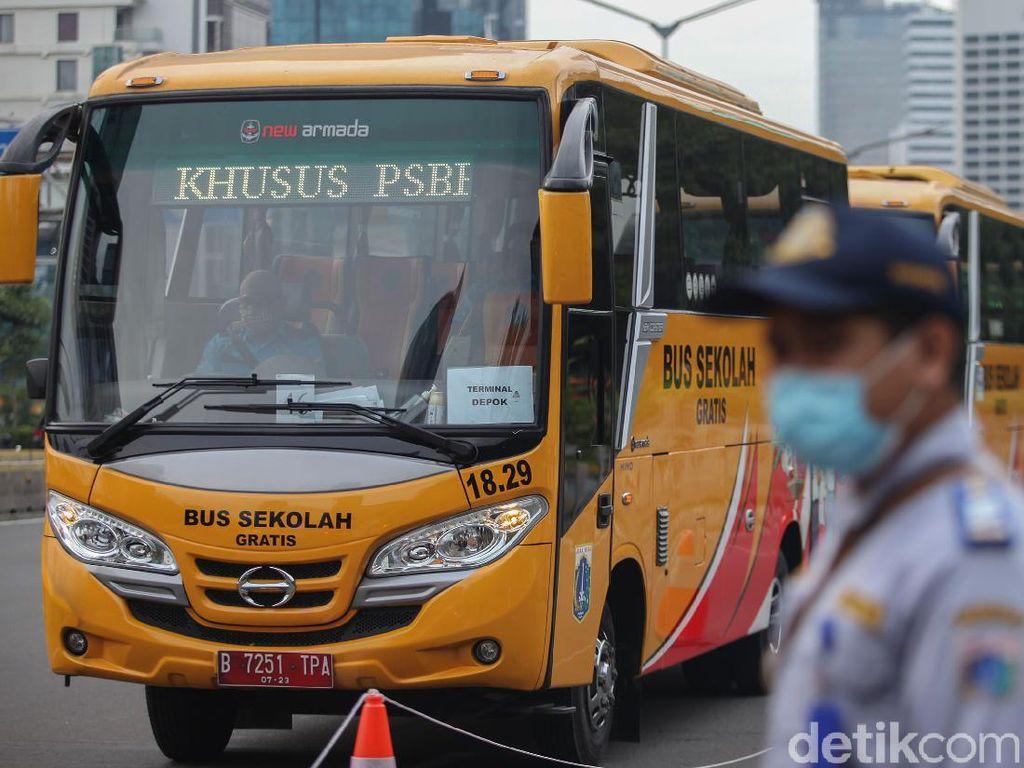 DKI Siapkan 50 Bus untuk Siswa Uji Coba Sekolah Tatap Muka