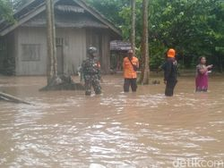 Sungai Salubattang Palopo Sulsel Meluap, 93 Rumah Terendam Banjir