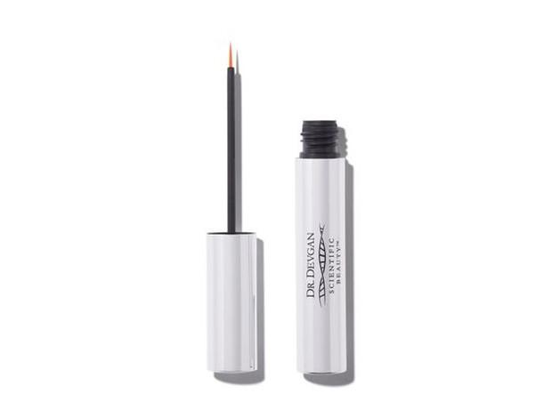 Salah satu serum eyelash paling best seller di Sephora.