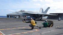 Jet Tempur F/A-18F Super Hornet Milik AS Jatuh di Laut Filipina