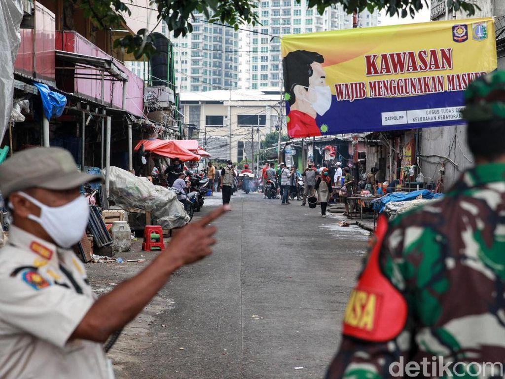 Sempat Ditutup 3 Hari Gegara Corona, Pasar Kebayoran Lama Kembali Dibuka