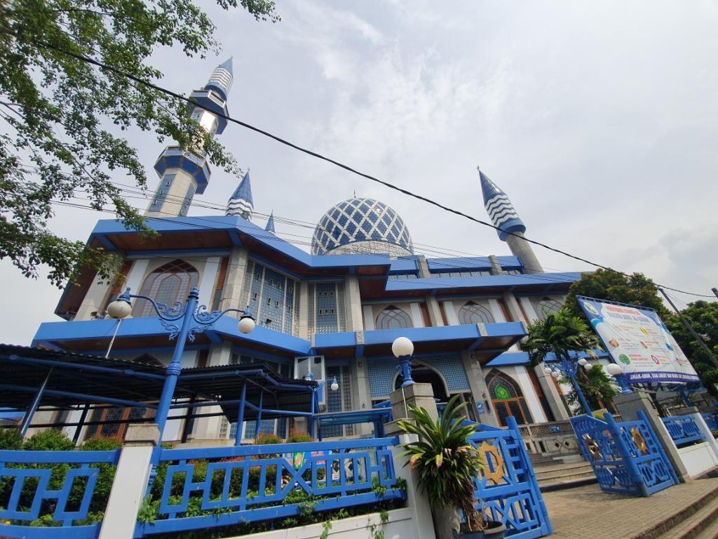 Pengurus Masjid Al-Azhar Bekasi Jelaskan Alasan Matikan AC-Kipas Saat Jumatan