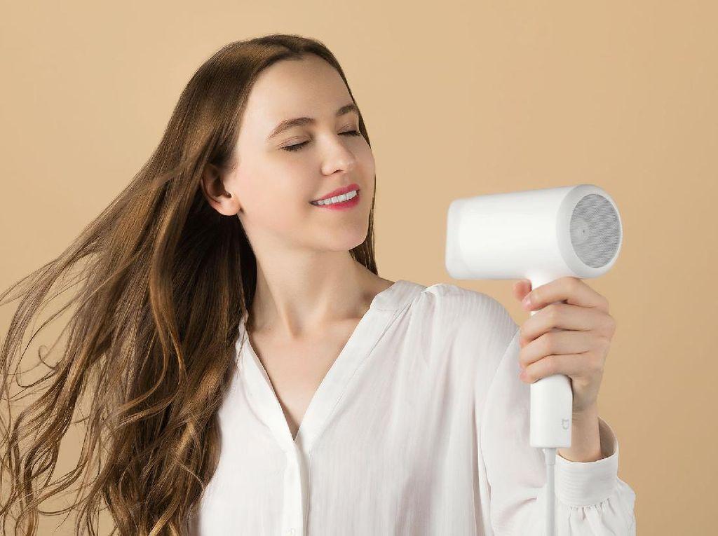 Hey Girls! Xiaomi Bawa Hair Dryer Pintar ke Indonesia