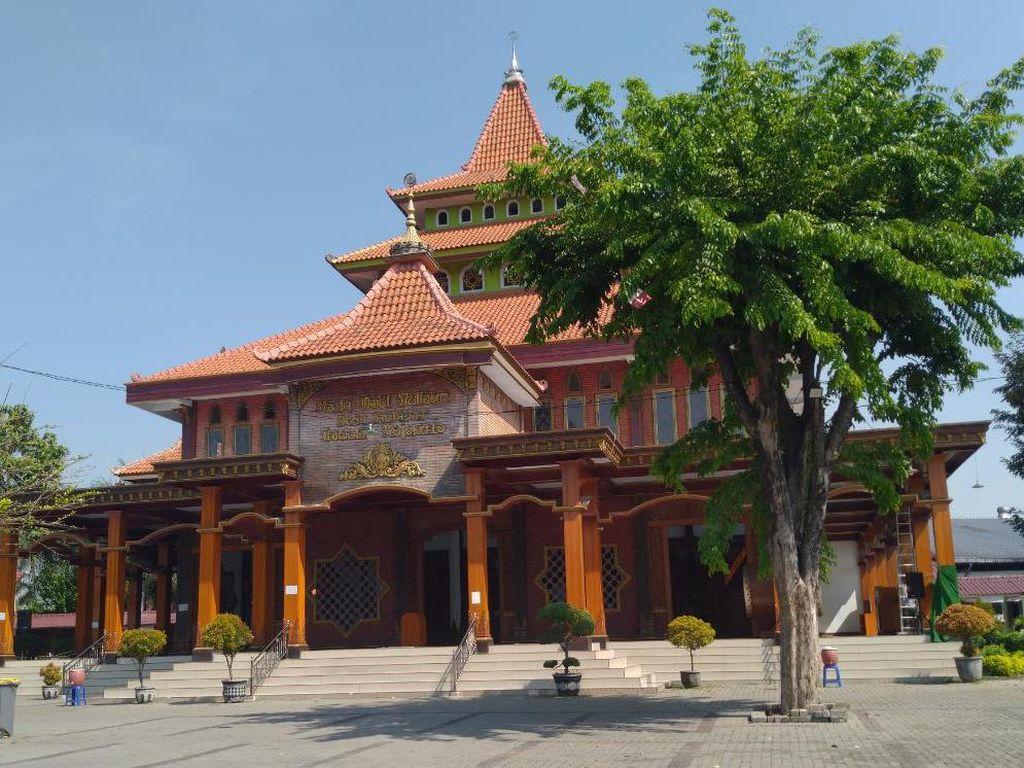 Belum Ada Masjid Gelar Salat Jumat Ganjil Genap di Kota Mojokerto