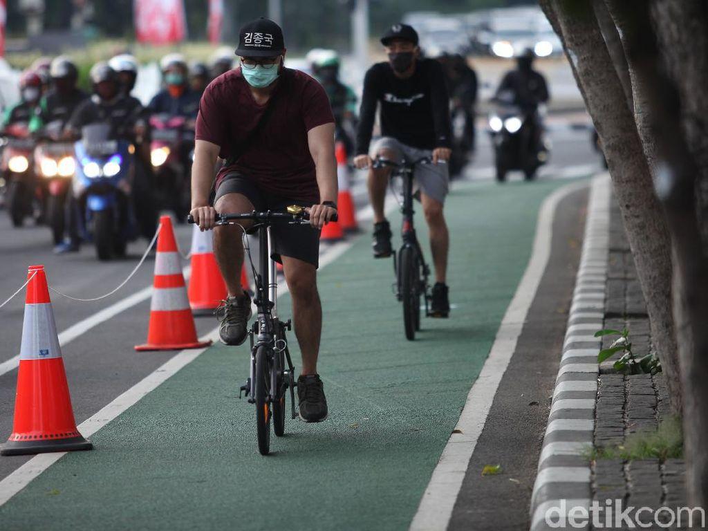 Viral Pesepeda Jatuh dengan Mulut Berdarah di Monas, Ini Kata Polisi