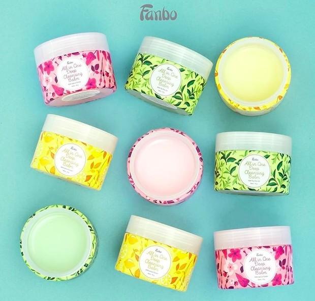 Fanbo All in One Deep Cleansing Balm hadir dalam tiga varian yang cocok untuk berbagai jenis kulit.