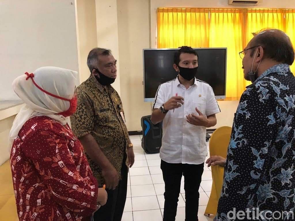 Anggota DPRD Pastikan Anak Tenaga Medis Mendapat Quota SMAN/SMKN