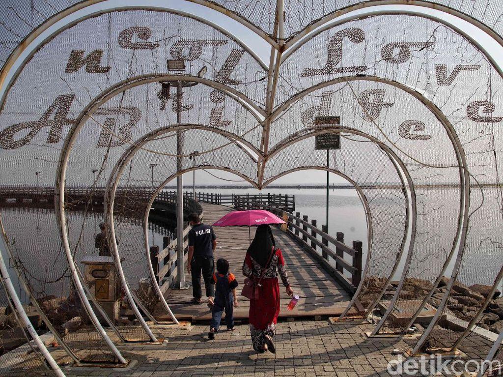 Turis Asing Mulai Jalan-jalan ke RI, Mayoritas dari Timor Leste