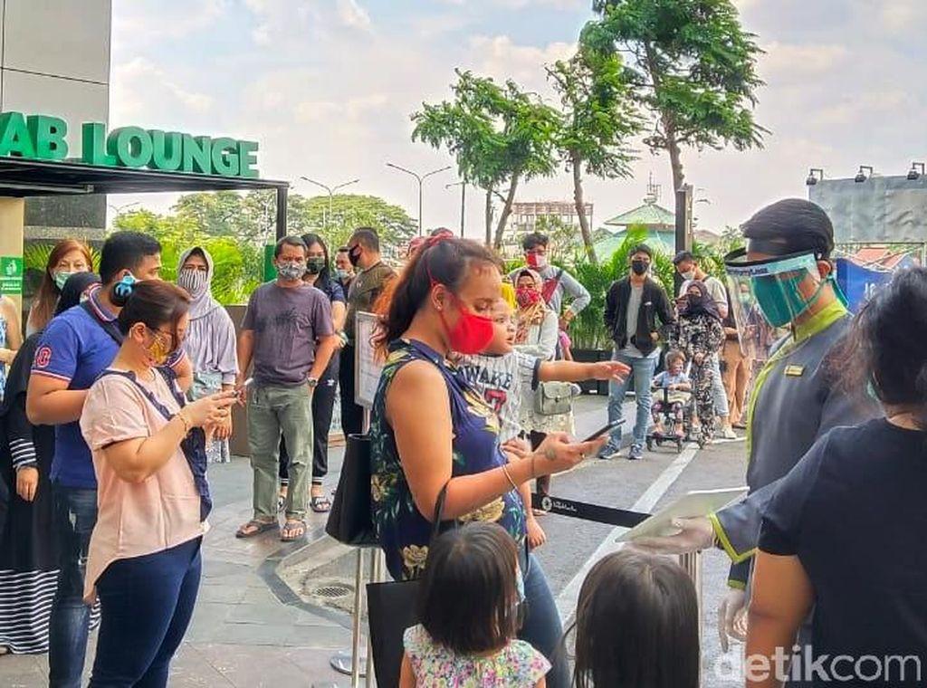 Pengelola Mal DKI Tak Batasi Usia Pengunjung, Yakin Keluarga Patuh Protokol