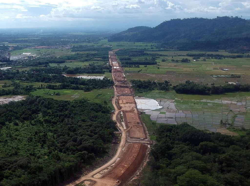 Di Tengah Pandemi, Proyek Tol Padang-Sicincin Terus Dikebut