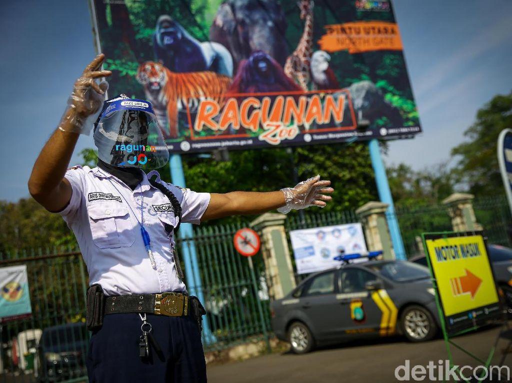Pengunjung Ragunan Dibatasi, Pengelola: 450 Orang Sudah Daftar Online
