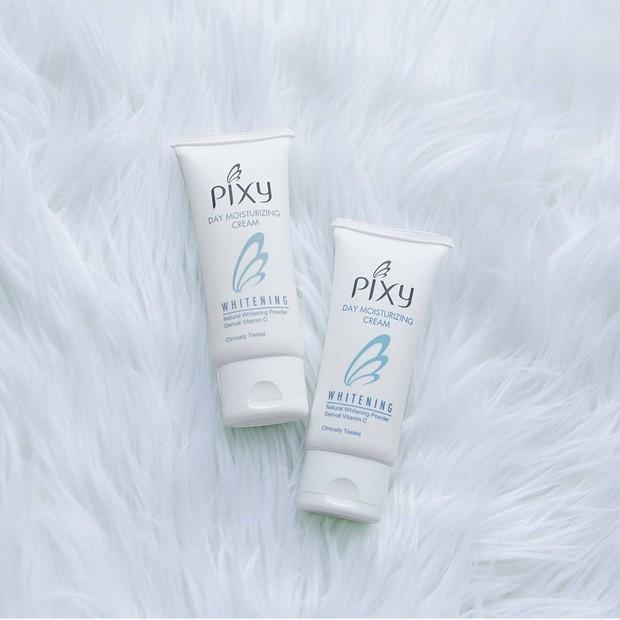 Produk Pixy yang mengandung vitamin C dan bisa membantu mencerahkan kulit wajah.