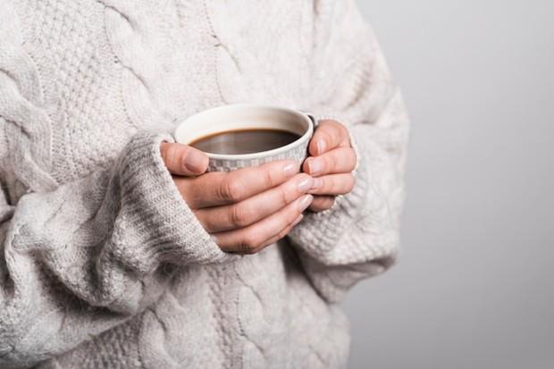 Mengkonsumsi lebih banyak kafein