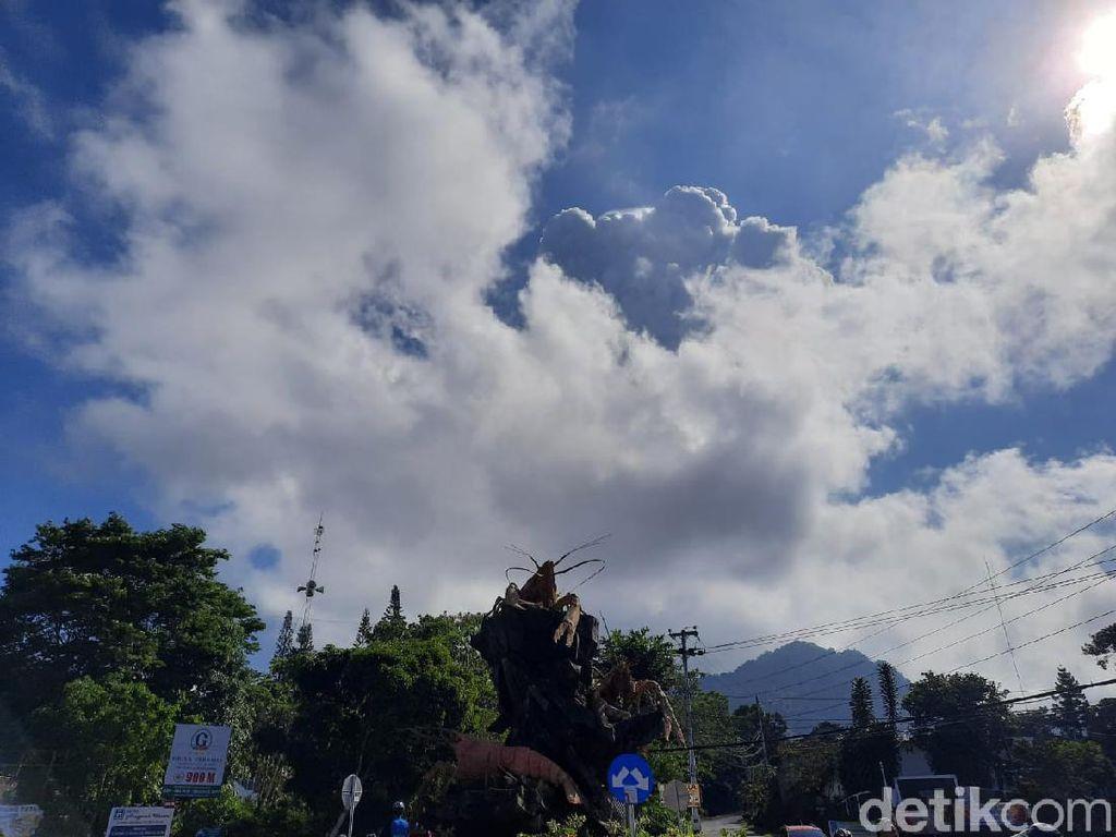 Gunung Merapi Erupsi, Pesepeda di Sleman Dengar Suara Gemuruh Keras