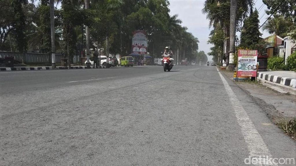 Hujan Abu Guyur Magelang Imbas Erupsi Gunung Merapi