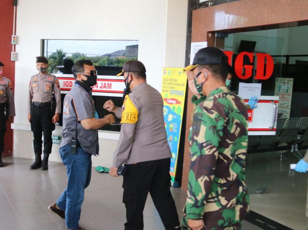 Polisi Sita Celurit, Pisau dan Foto dari Penyerang Wakapolres Karanganyar