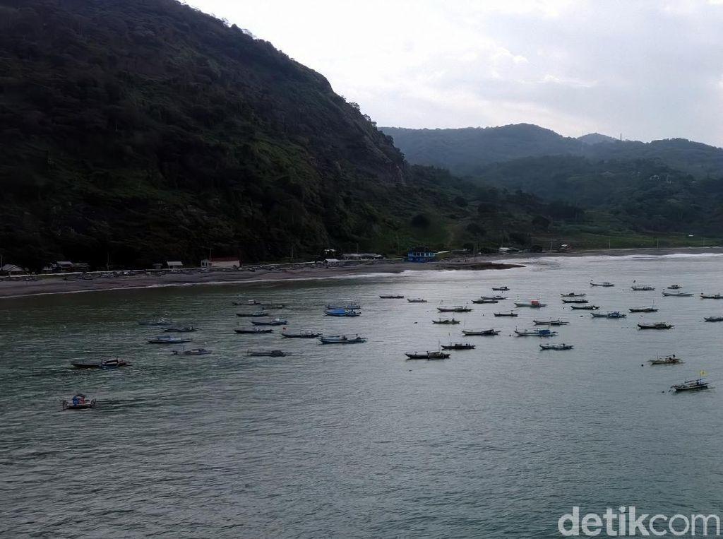 Cerita Gugusan Karang 10 Hektar di Lokasi Kapal Karam Pantai Sukabumi