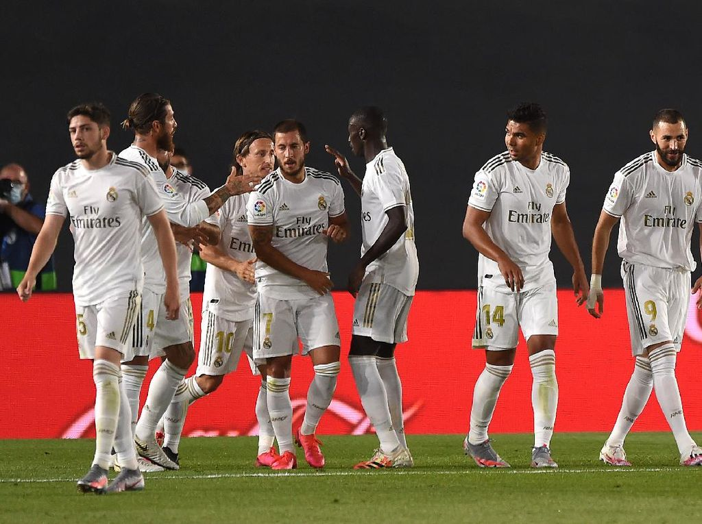 Balas Pique, Zidane: Madrid Tidak Diistimewakan Wasit