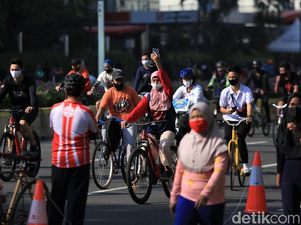 Golkar Kritik Kerumunan di CFD Jakarta: Pemda Lepas Kontrol, Sangat Berbahaya
