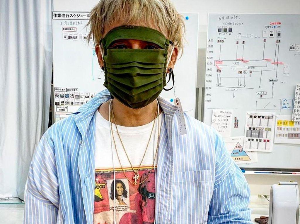 Unik! Seniman Jepang Ini Rilis Masker Wajah Seperti Ninja