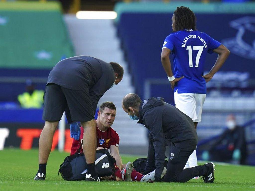 Si Merah Gagal Menang, Dua Pemainnya Cedera