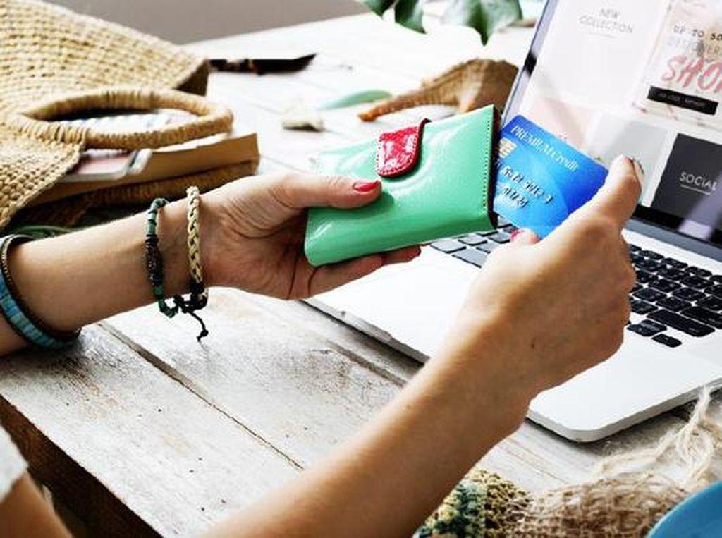 Kadang Dilupakan, Ini 3 Tips Hemat Belanja Online di Masa New Normal