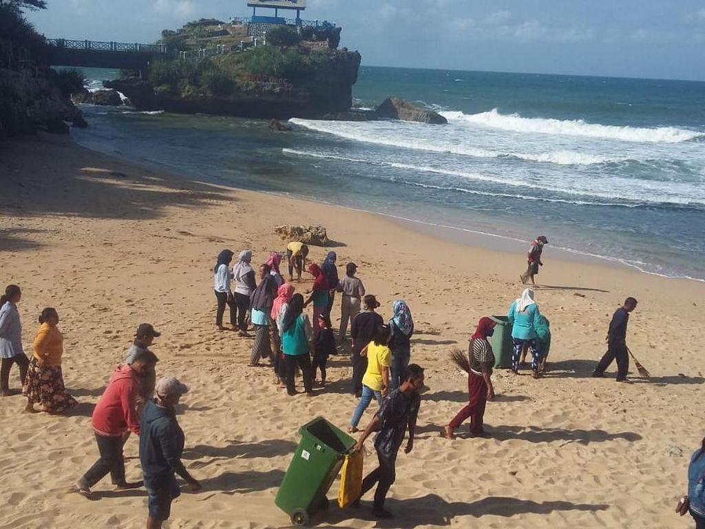 Pengunjung Pantai Gunungkidul Dibatasi 7.000 Orang
