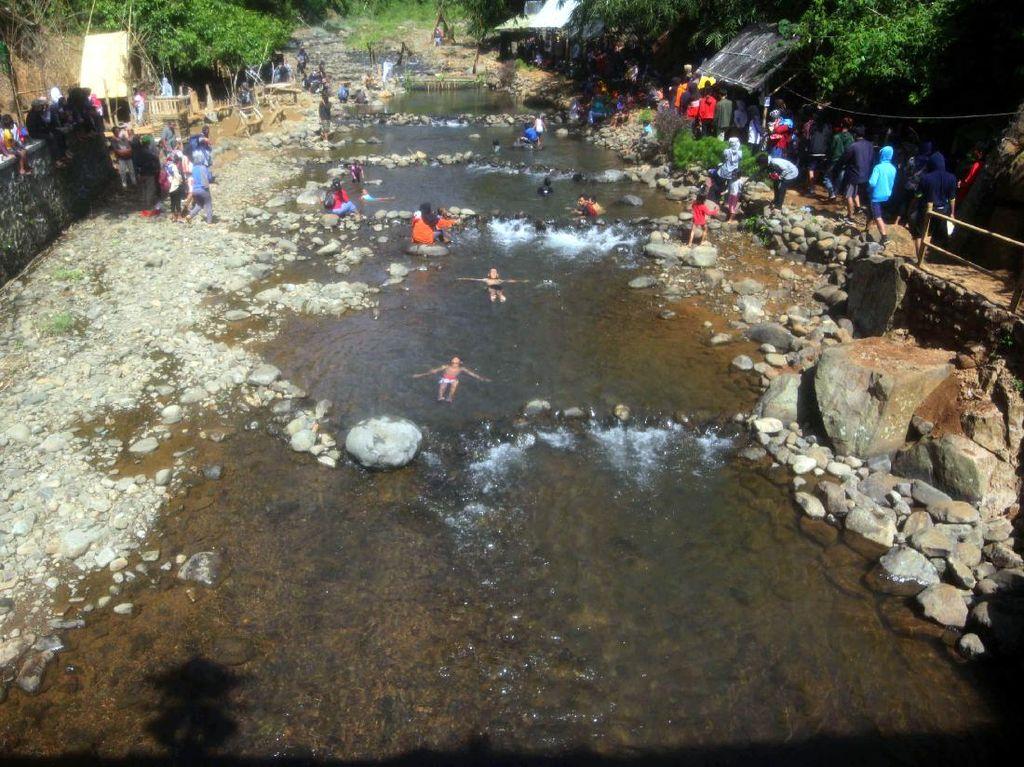 Leuwi Seeng, Tempat Basah-basahan Asyik di Sumedang