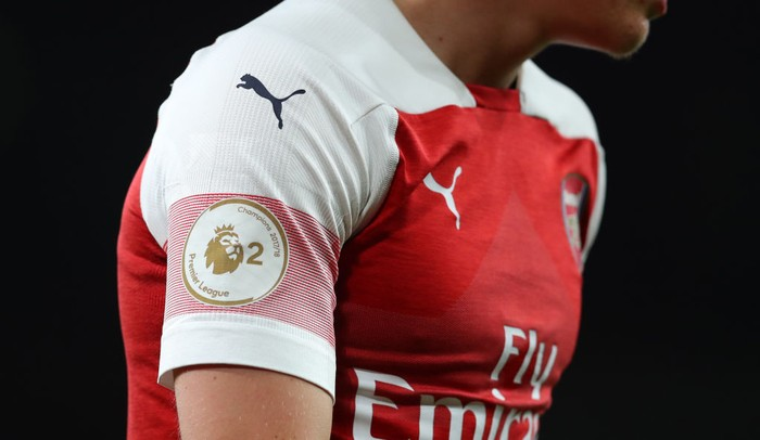LONDON, ENGLAND - AUGUST 31: Detail view of the Premier League 2 badge on the shirt of and Arsenal player during the Premier League 2 match between Arsenal and Tottenham Hotspur at Emirates Stadium on August 31, 2018 in London, England. (Photo by Catherine Ivill/Getty Images)
