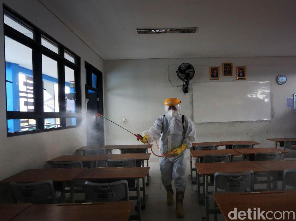 Siswa SMP Kena Corona di Rumah: Teman dan Guru Di-swab, Sekolah Ditutup