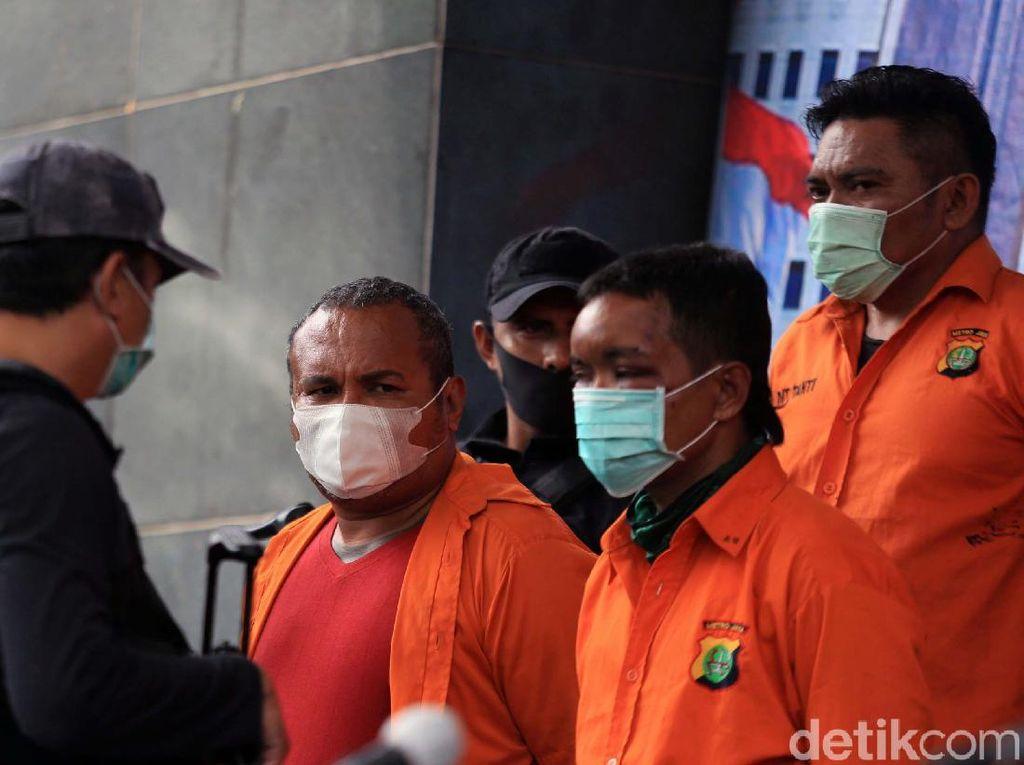 Polisi Periksa Senpi Berkarat Milik Kelompok John Kei