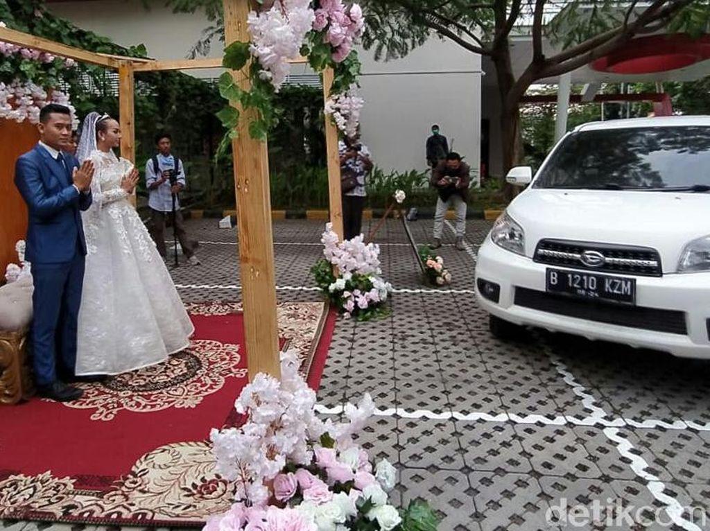 Nikahan Drive-Thru Ala Hotel di Cirebon