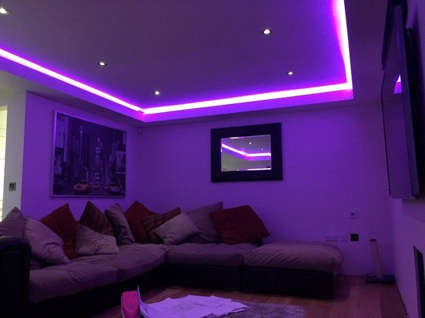 Menghias kamar dengan LED Strip