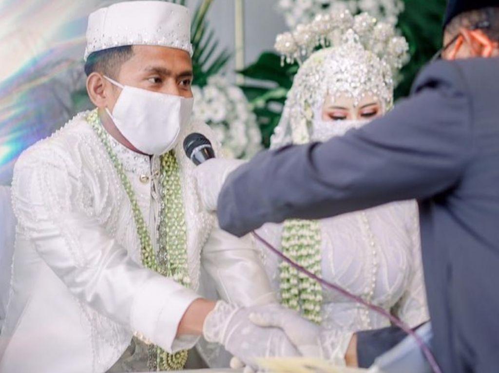 Ini 5 Potret Pernikahan Andik Vermansah dan Silvia Anggun