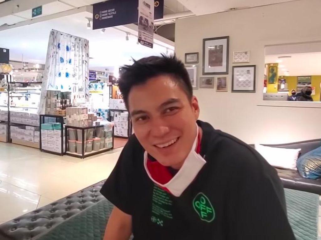 Baim Wong Belikan Lemari Seharga Rp 13 Juta, Sopir Menolak