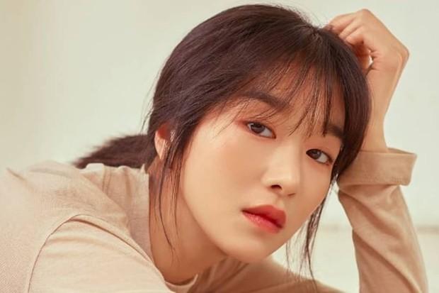foto tag Seo Ye Ji sumber soompi.com