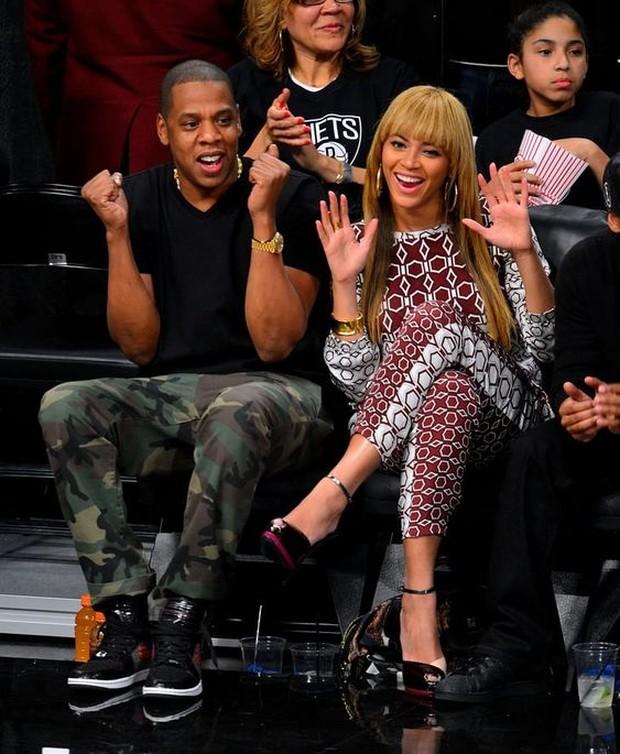 Jay Z dan Beyonce mempunyai jarak usia 12 tahun.