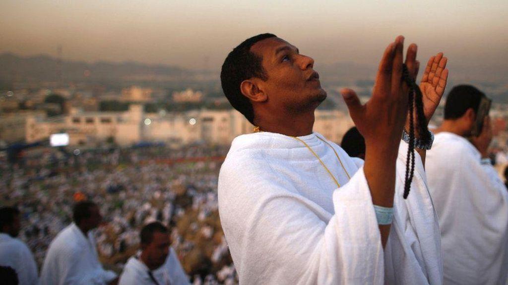 Vaksin COVID-19 Jadi Syarat Wajib Haji 2021