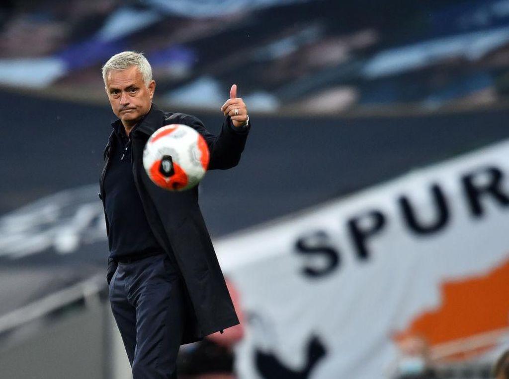 Mourinho Ngarang atau Salah Data? Jumlah Gol Drogba Kok Keliru