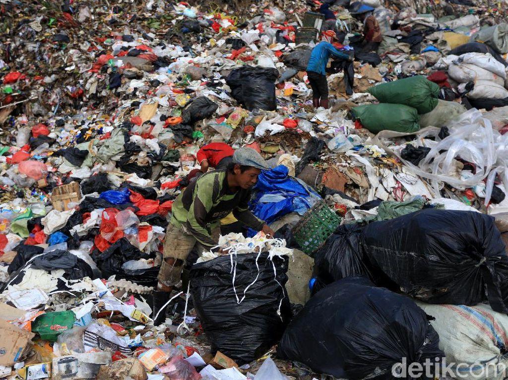 Larang Kantong Plastik, Pemprov DKI: Bantar Gebang Penuh Kresek