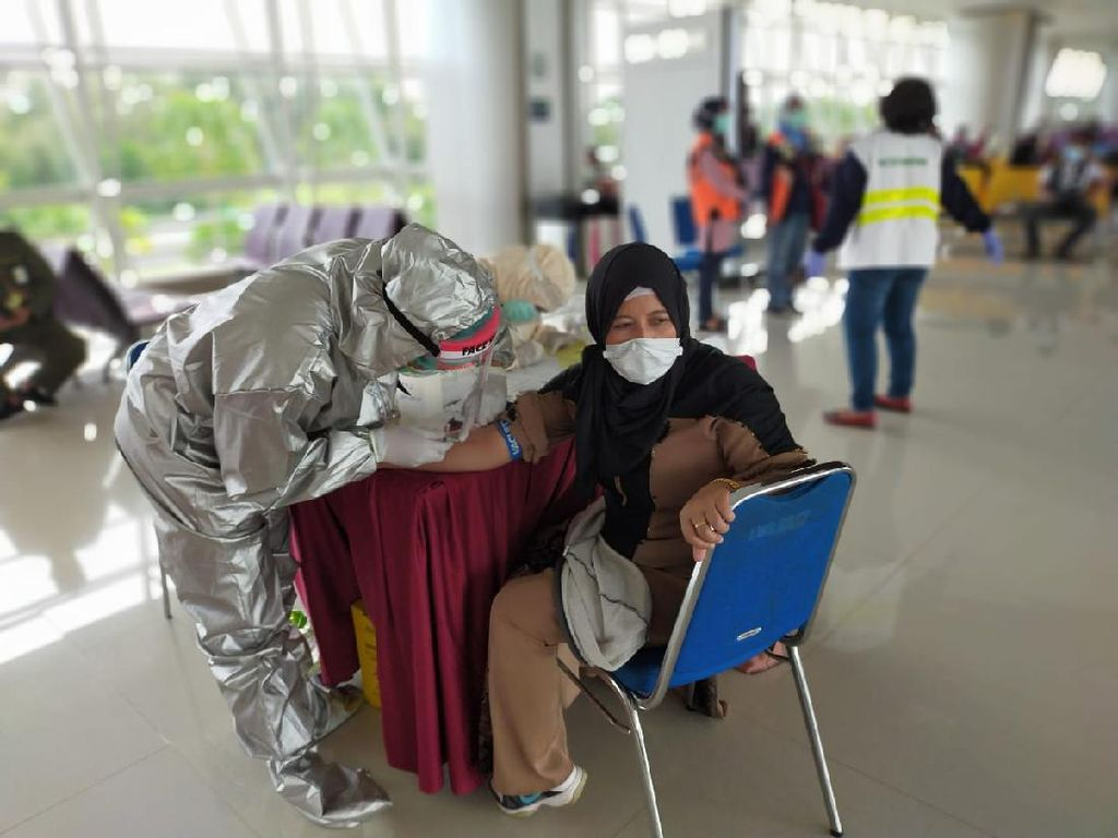 Pemerintah Masih Berjuang Pulangkan 50.114 Pekerja Migran ke Tanah Air