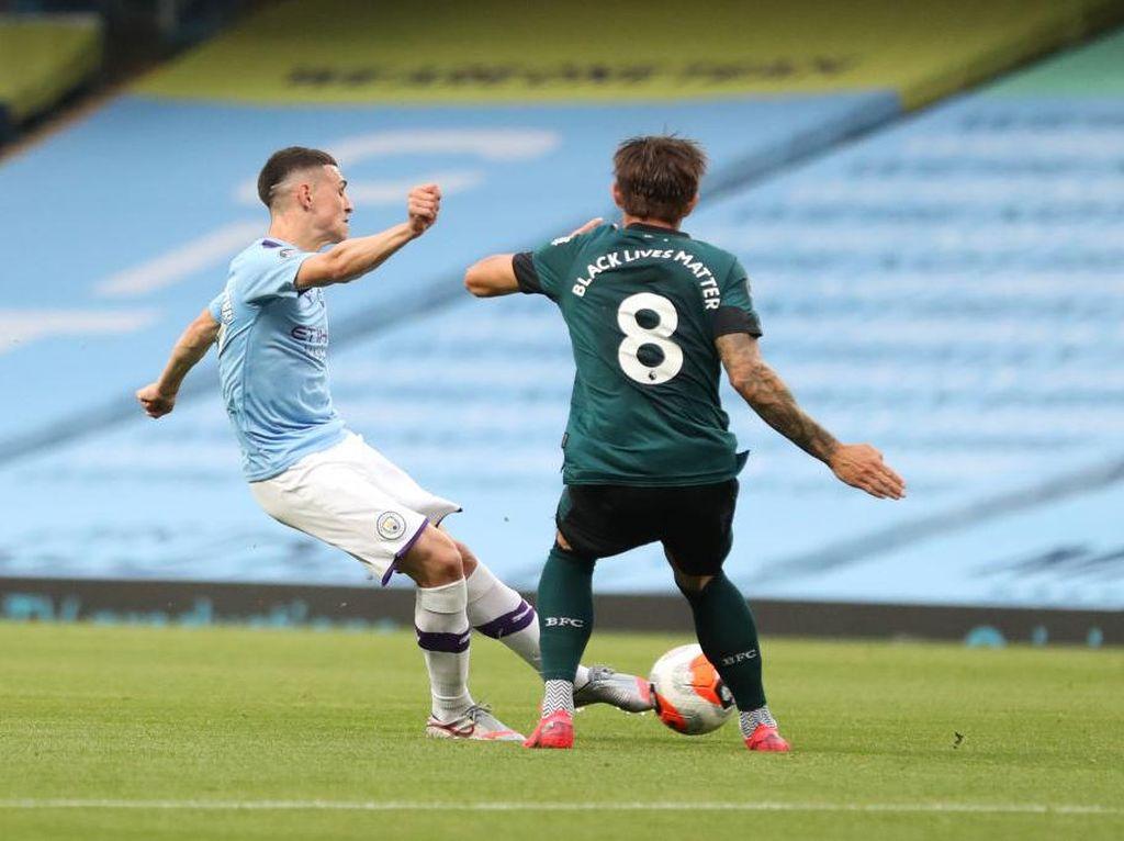 Phil Foden Ungkap Rahasia Gol Pertama City ke Gawang Burnley