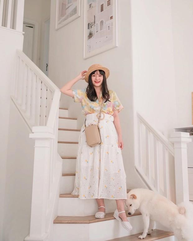 Tips tampil dengan outfit tabrak warna yang cute ala Vanessa Andrea