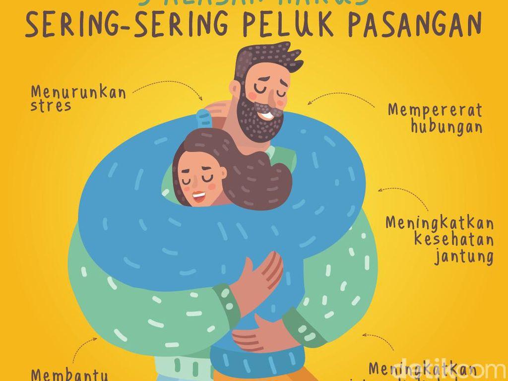 5 Manfaat Sehat yang Didapat Saat Memeluk Pasangan