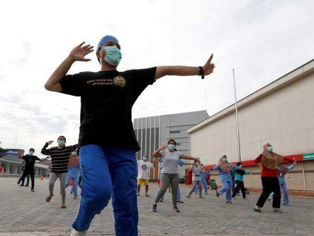 Alasan Tingginya Kematian Tenaga Kesehatan Indonesia di Tengah Pandemi Corona