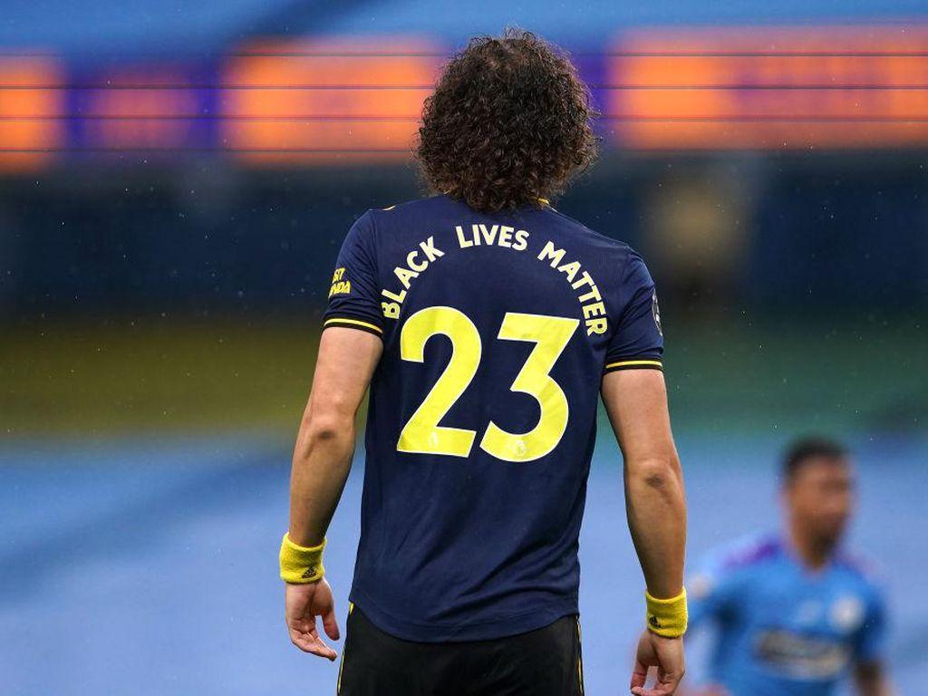 David Luiz Suka Blunder, Kontrak Barunya Bikin Fans Arsenal Ngamuk