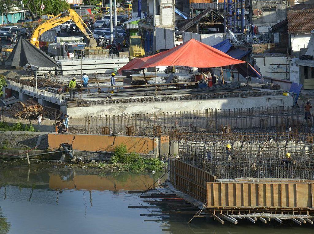 Pengerjaan Jembatan Joyoboyo 35%, Ditargetkan Selesai Akhir Tahun Ini