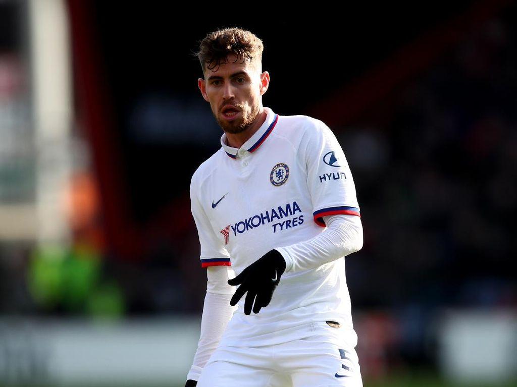 Chelsea Tolak Tawaran Barter Jorginho dengan Pjanic