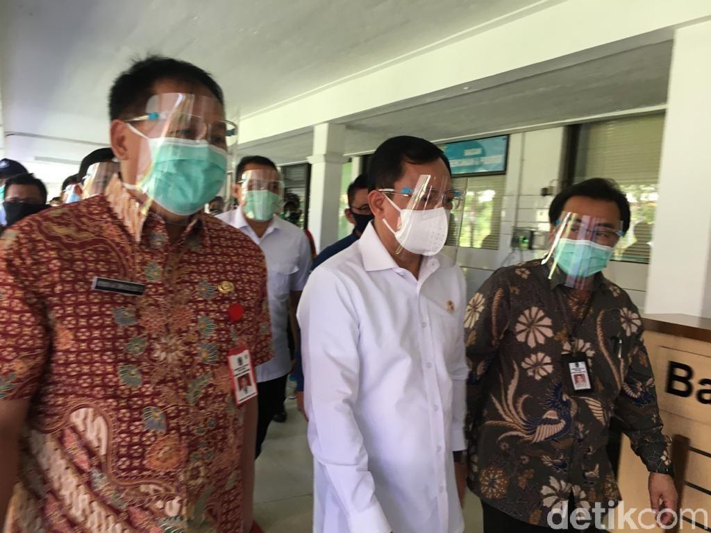 Menkes Tegaskan Tidak Ada Lagi PSBB Ulang di Surabaya Raya
